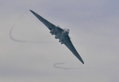 Avro Vulcan in high speed turn to port