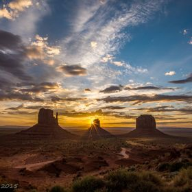 Dawn over Monument Valley, Arizona