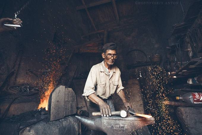 Bolivian man by Rostovskiy - People At Work Photo Contest