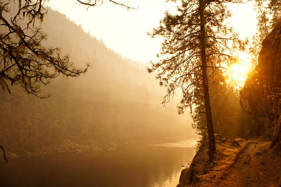 The smoke in the Selway region created some interesting affects on the afternoon sun on the Selwa...