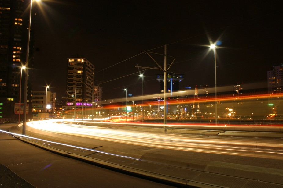 Lighttrail photography in the big city.