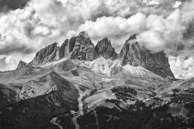 DOLOMITI DA HOTEL PORDOI by christianbrogi - Black And White Mountain Peaks Photo Contest