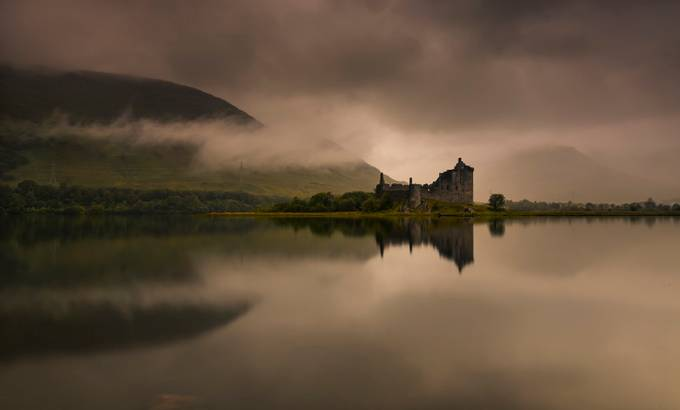 Kilchurn Castle by neilbarr - Enchanted Castles Photo Contest