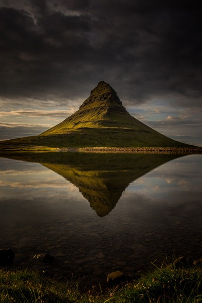 Moody Kirkjufell Reflections!