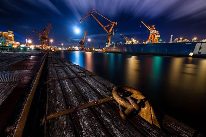 Cranes by varemo - Boardwalks Photo Contest