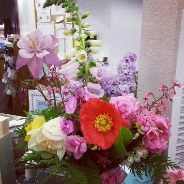 Flowers I got for the Library ♡ #flowers #bouquet #beautiful #snowlibrary