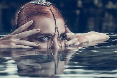Anastasia's reflection