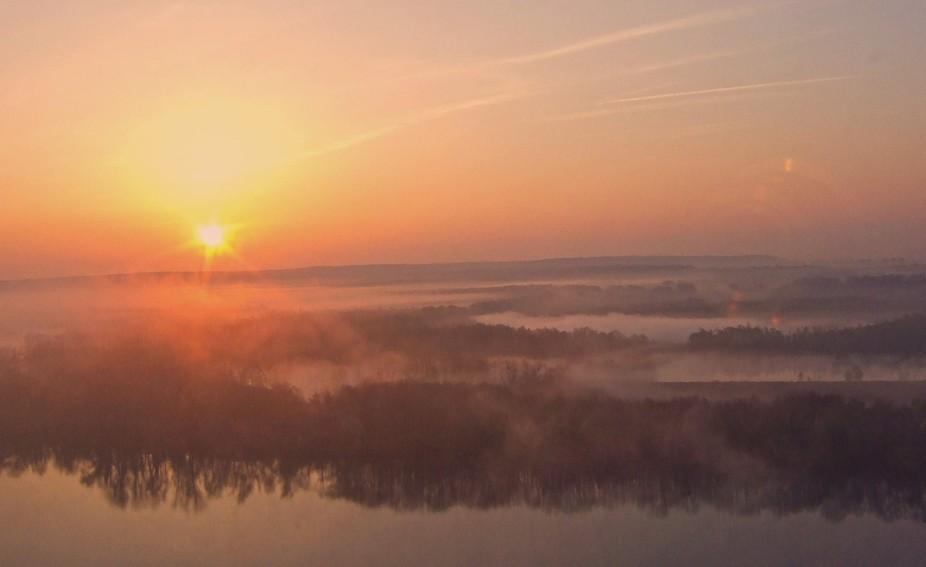 seine sunrise