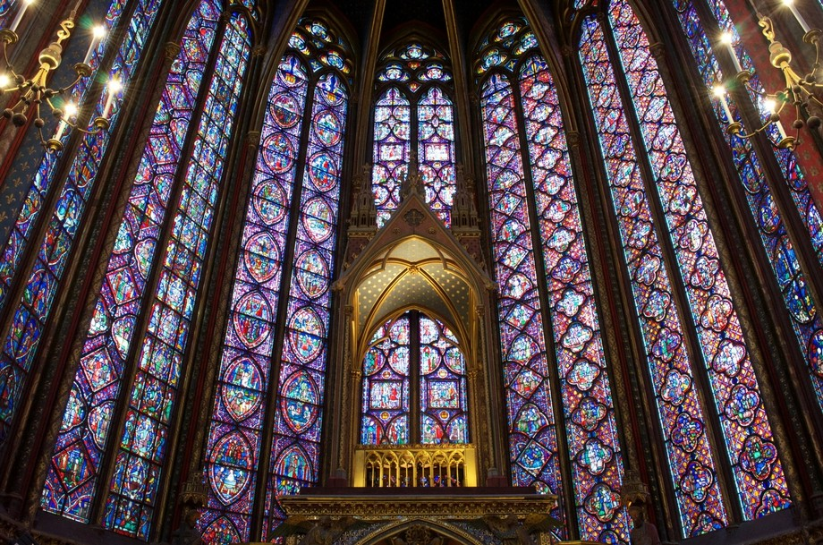 The alter in the Sainte-Chapelle church in Paris.