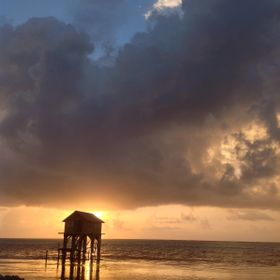 15-BelizeHut Sunset-001
