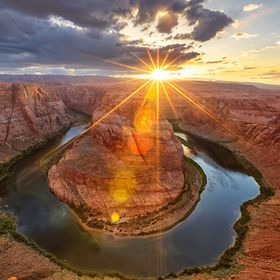 Sunset behind the horseshoe bend