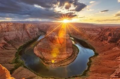 Sunset behind the horseshoe bend