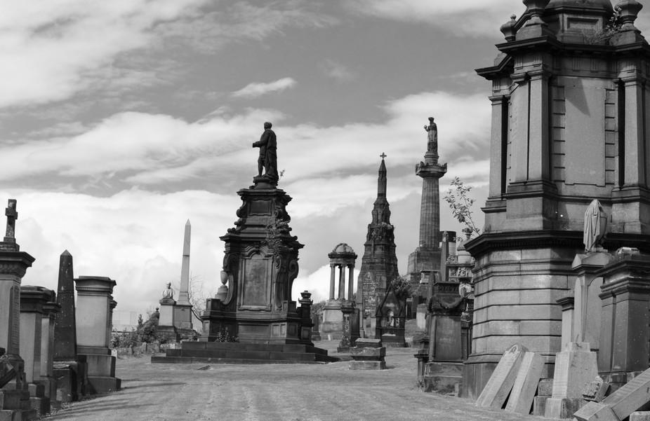 View of Glasgow northern necropolis