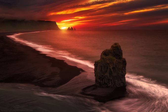 Beacon by ryanbuchanan