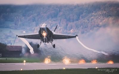 Die Schweizer Luftwaffe F-A-18C Hornet