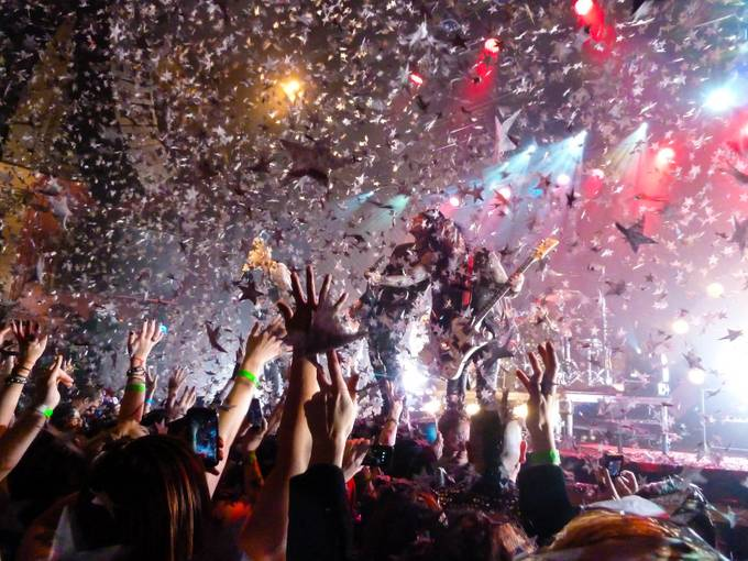 Finale by melissayuenwoolf - Music And Concerts Photo Contest