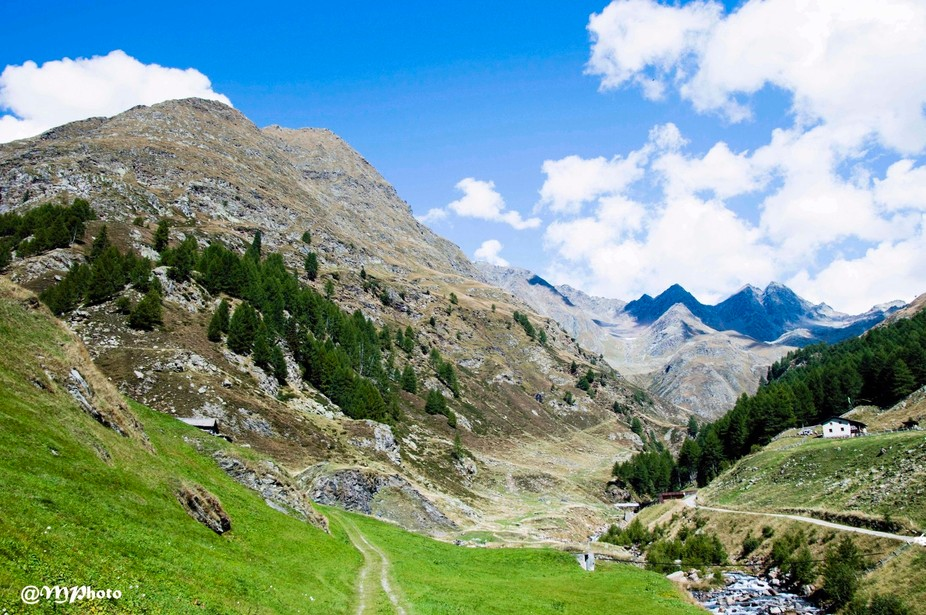 Beautiful mountainview on the Timmelsjoch pass in Italy