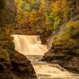 Lower Falls,  Genesee River in the Letchworth Gorge