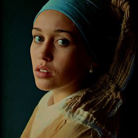 girl with a pearl earring 2015.