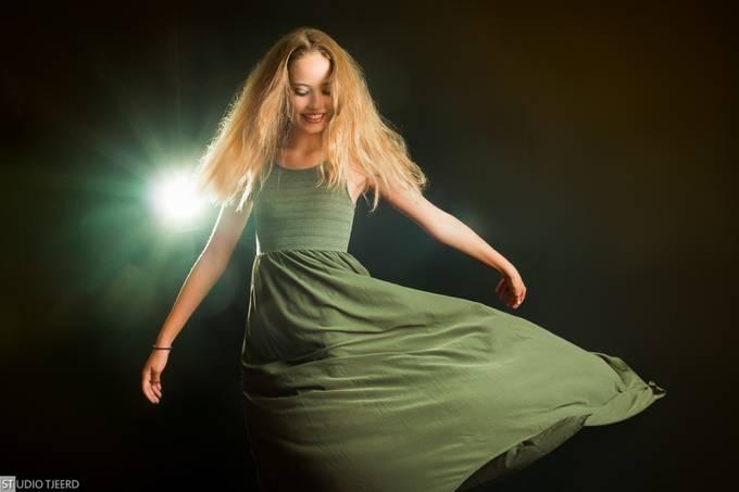 Terra (0111) by StudioTjeerd - Lets Dance Photo Contest