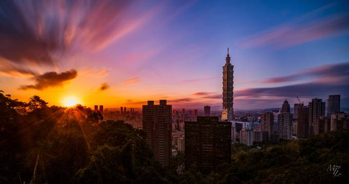 Taipei Sunset by miketlim - Sunset In The City Photo Contest