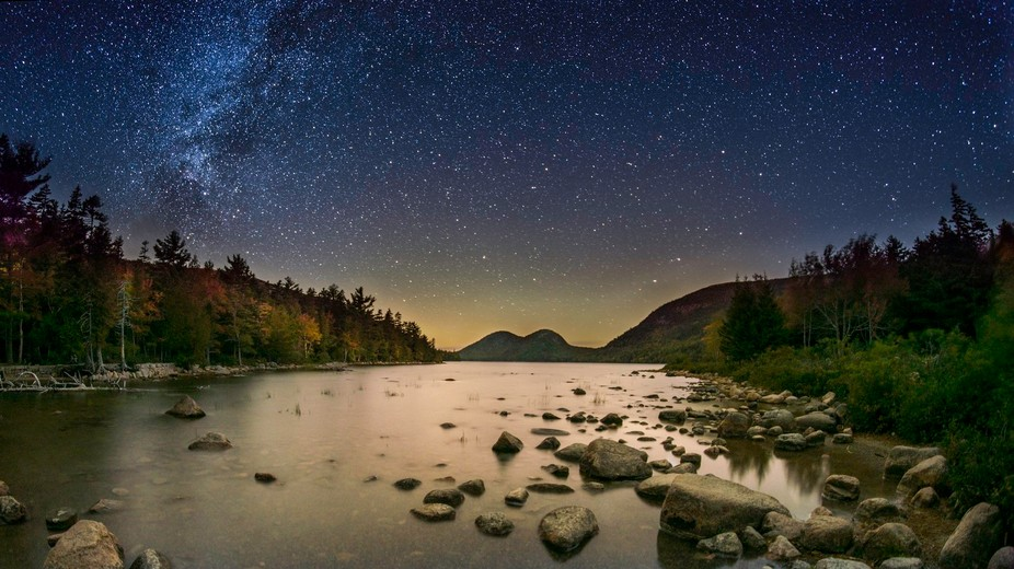 Noise reduction of the sky by stacking 10 layers.  Noise reduction of the foreground via a long e...