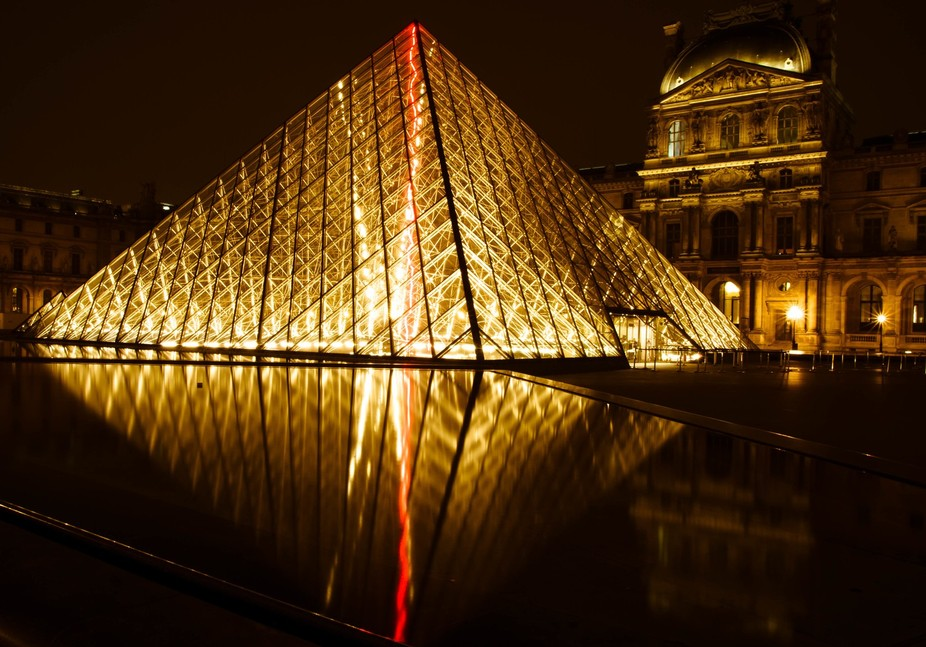 Night Louvre