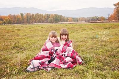 Snuggled Sisters