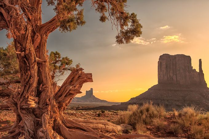 Sunrise in Monument Valley by gottobeme1234 - Around the World Photo Contest