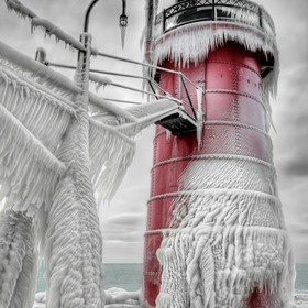 a slight modification, just because I can. lol The South Haven Lighthouse after a winter storm. I've always been fascinated with storms and ...