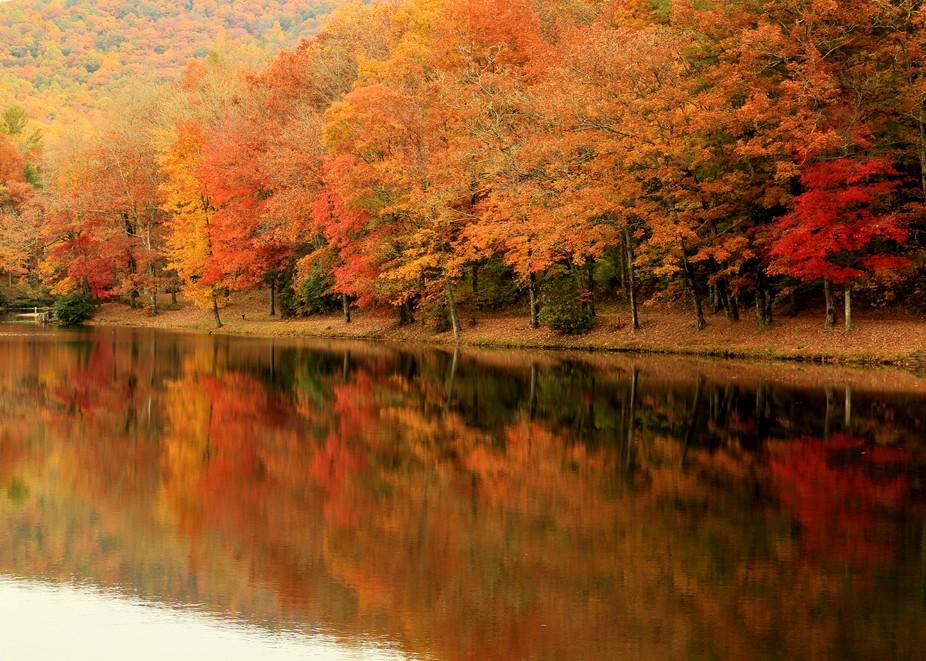 A beautiful fall in the Blueridge Mountains. Lake Winfield Scott in NE Ga.