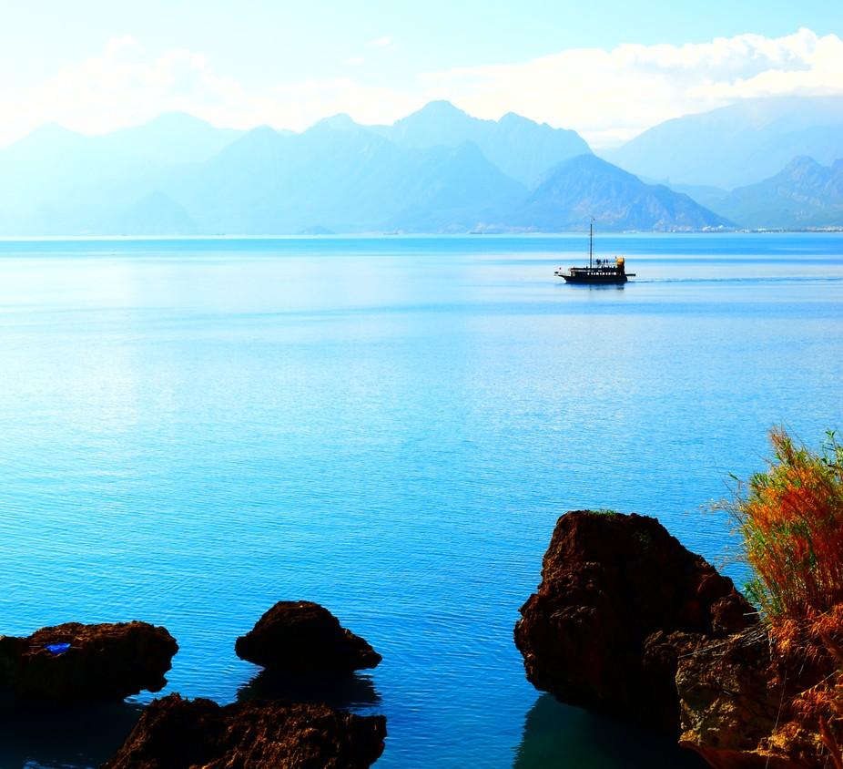 A beautiful morning lookingacross Antalya Bay, Turkeytowards the Taurus Mountains