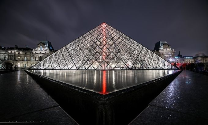 La Pyramide du Louvre by lucafoscili - Stillness Photo Contest