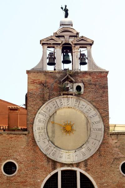 Venezia - San Giacono di Rialto church 24 hour clock