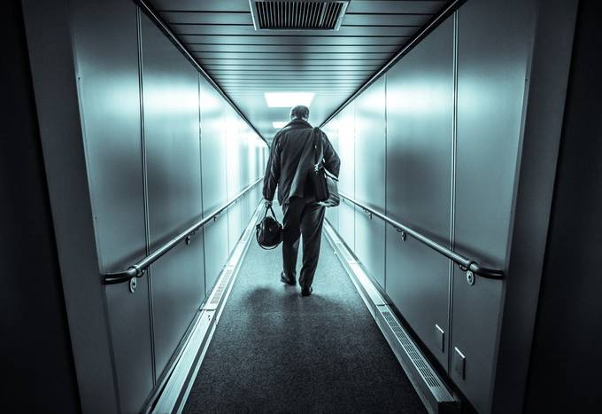 Going or Leaving? by Harbi - Shooting Tunnels Photo Contest