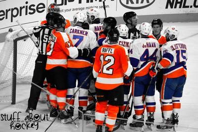Philadelphia Flyers & New York Islanders