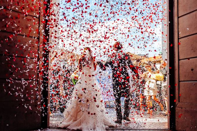 Wedding confetti cannons by alessandroavenali - Candid Wedding Moments Photo Contest