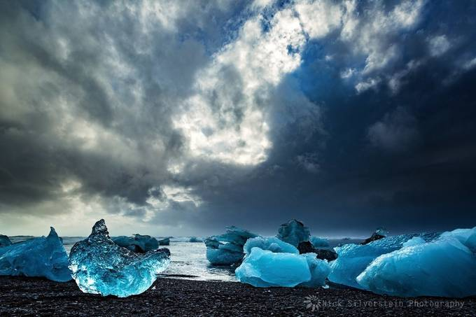 Iceland. Hofn to Jokulsarlon - Icebergs on the Black Beach by NickSilverstein - Around the World Photo Contest By Discovery