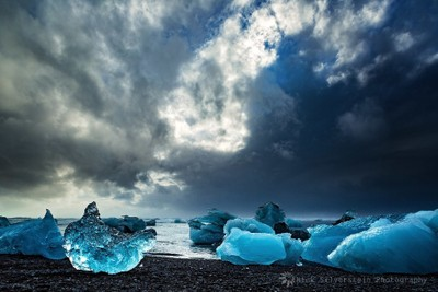 Iceland. Hofn to Jokulsarlon - Icebergs on the Black Beach