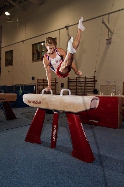 Jay Thompson on pommel horse