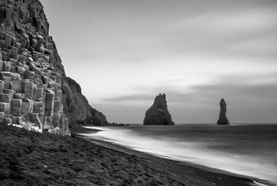 the cliffs of Vik