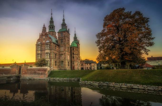 Rosenborg Slot by olesteffensen - Fall 2017 Photo Contest