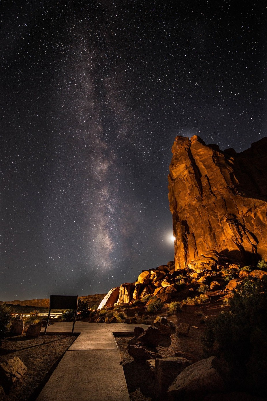 Milkly Way at Arches Nat'l Park by lwhite - Capture The Milky Way Photo Contest