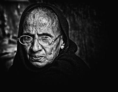 Indian woman in Varanasi