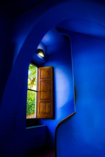 I've got a blue motel room...