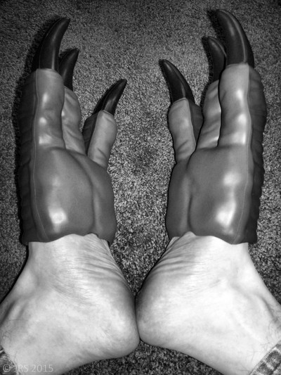 'Reptilian Feet'