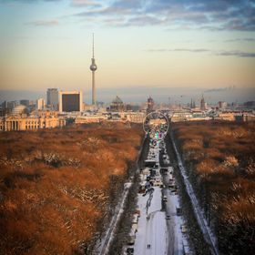 Berlin gets ready for NYE 2014