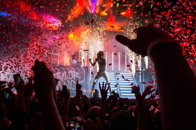Wiz Khalifa, Boyz of Zummer Tour  by blankaleal - On Stage Photo Contest