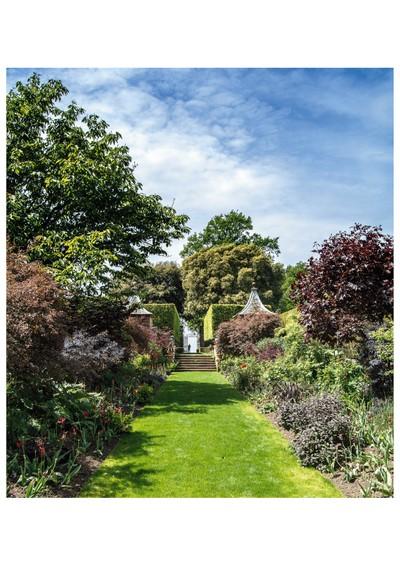 National Trust Gardens Hidcot