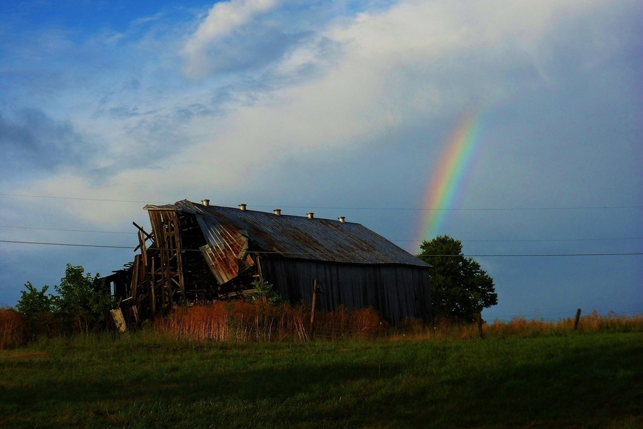 I drove past this barn the afternoon before.  It was a perfectly fine barn.  I drove past it this...